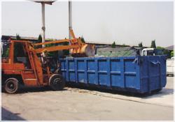 産業廃棄物積込業務